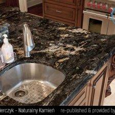 image 02-kamien-naturalny-granit-cosmic-black-jpg