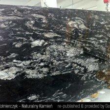 image 08-kamien-naturalny-granit-cosmic-black-jpg