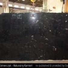image 11-kamien-naturalny-granit-cosmic-black-jpg