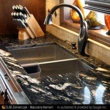 image 12-kamien-naturalny-granit-cosmic-black-jpg