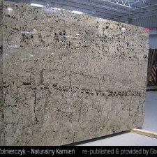 image 02-kamien-naturalny-granit-delicatus-gold-jpg