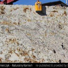image 06-kamien-naturalny-granit-delicatus-gold-jpg