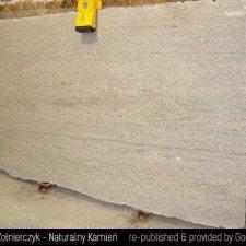 image 02-kamien-naturalny-granit-ghibli-gold-jpg