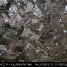 granit-marron-kongo-antic-brown