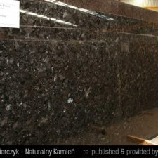 image 08-granit-marron-kongo-antic-brown-jpg