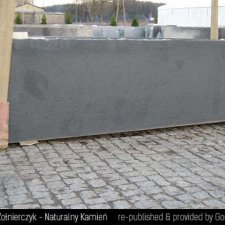 image 05-kamienie-naturalne-granit-padang-dark-jpg