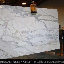 image 07-kamien-naturalny-marmur-calacatta-jpg