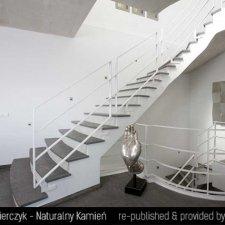 image 011-schody-wewnetrzne-z-kamienia-jpg